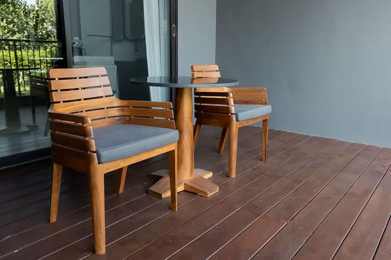 sillas en un porche decoración porche