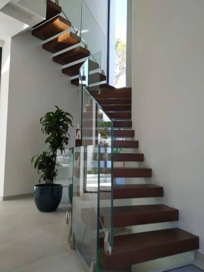 barandilla de cristal de proyecto de hirubo