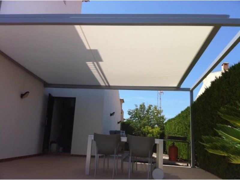 toldo veranda instalación en Málaga